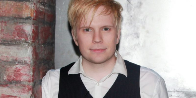 Patrick Stump 800x400 - Revealed Weight Loss Secrets of Christian Bale