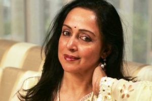 Hema Malini Beauty Fitness Tips Diet Plan 300x200 - Hema Malini Beauty, Fitness Tips & Diet Plan