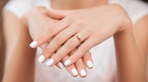 How to do a Paraffin Wax Manicure 1 300x166 - How to do a Paraffin Wax Manicure?
