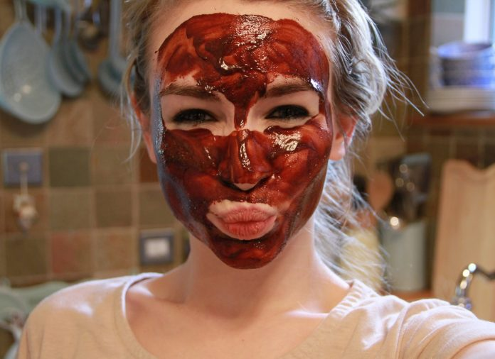 Home Made Red Wine Face masks for Skin Benefits