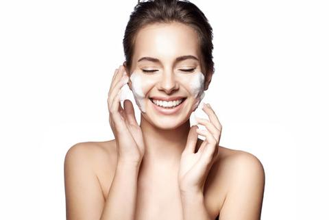 woman washing face small large - Top 5 Don'ts To Avoid Skin Ageing