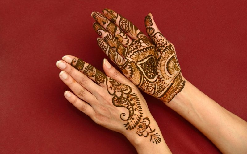 Best 10 Indian Mehndi Designs To Try In 2018