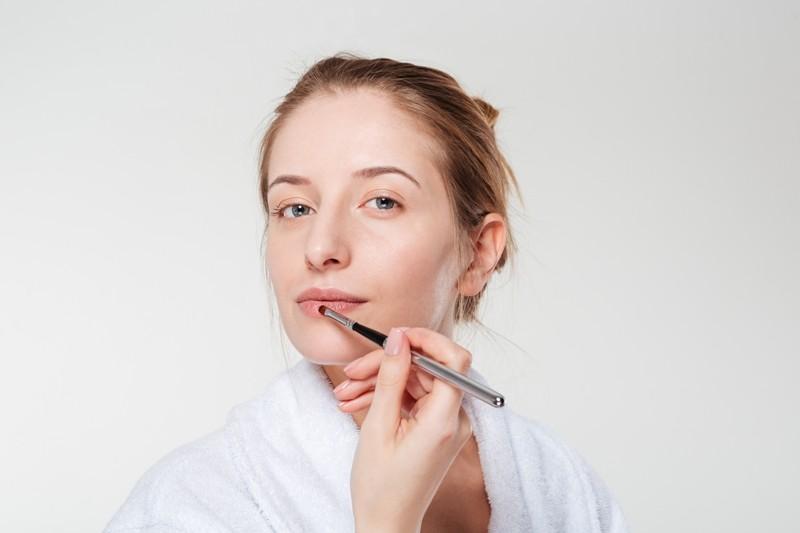 DD 05142016 160310T Beauty4136 1 - 6 Powerful Yoga Asanas for Glowing Skin