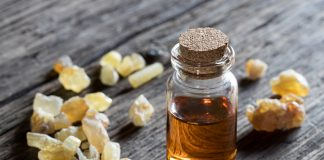 15 Amazing Benefits of Frankincense Essential Oil