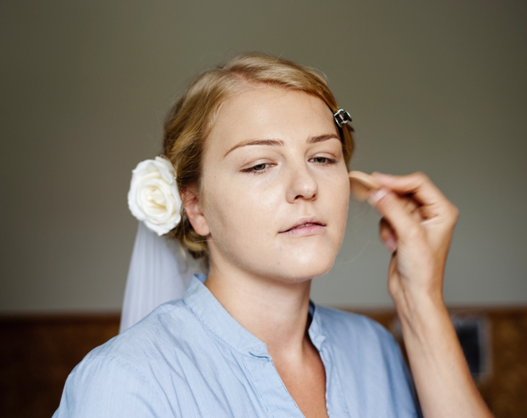 graphicstock bride is getting ready for the wedding rC9oxn5b  - 10 Must Follow Tips to Get Glowing Skin for Brides