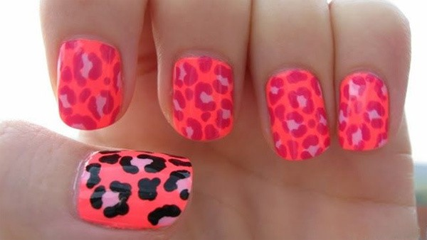 one1 - 10 Amazing Hand Painted Nail Art Designs