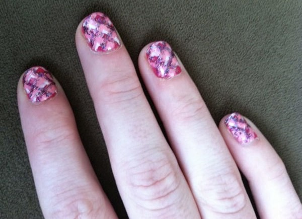 seven1 - 10 Amazing Hand Painted Nail Art Designs