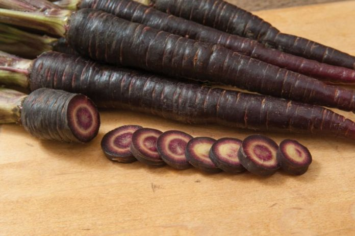 5 Surprising Benefits of Black Carrots