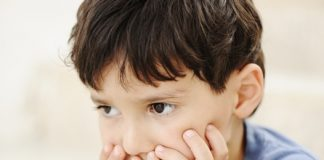 5 Effective Home Remedies to Treat Grey Hair in Kids