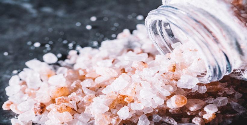 Himalayan Salt Lamp Benefits and Real vs. Fake Salt Lamps