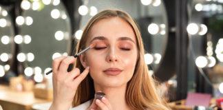 7 Reasons Why Women Wear Makeup