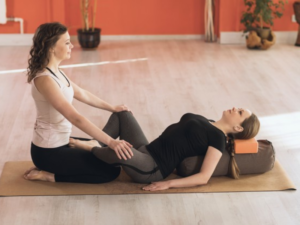 n 14 300x225 - 5 Yoga Poses for Those Sculpted Abs!